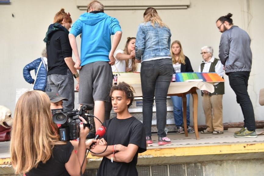 Das Medieninteresse war gross. Neben TeleBärn berichteten auch die beiden Berner Zeitungen über den Event. (Foto: Daniela Friedli)